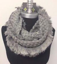 warm infinity scarf