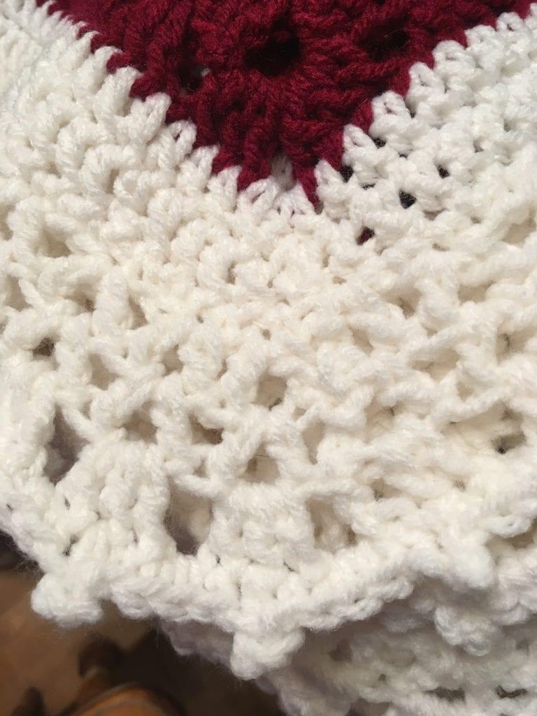 Corner lacy edge