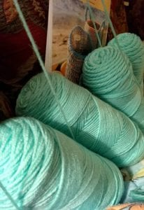 standing yarn on end