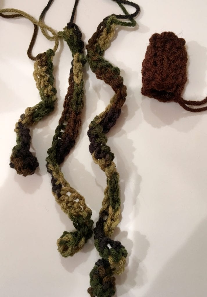 crochet stems and vines