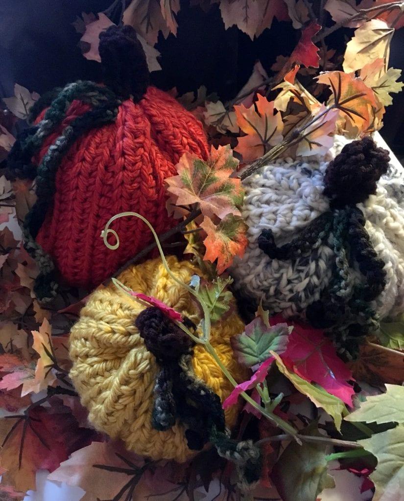 crochet gourds and pumpkins