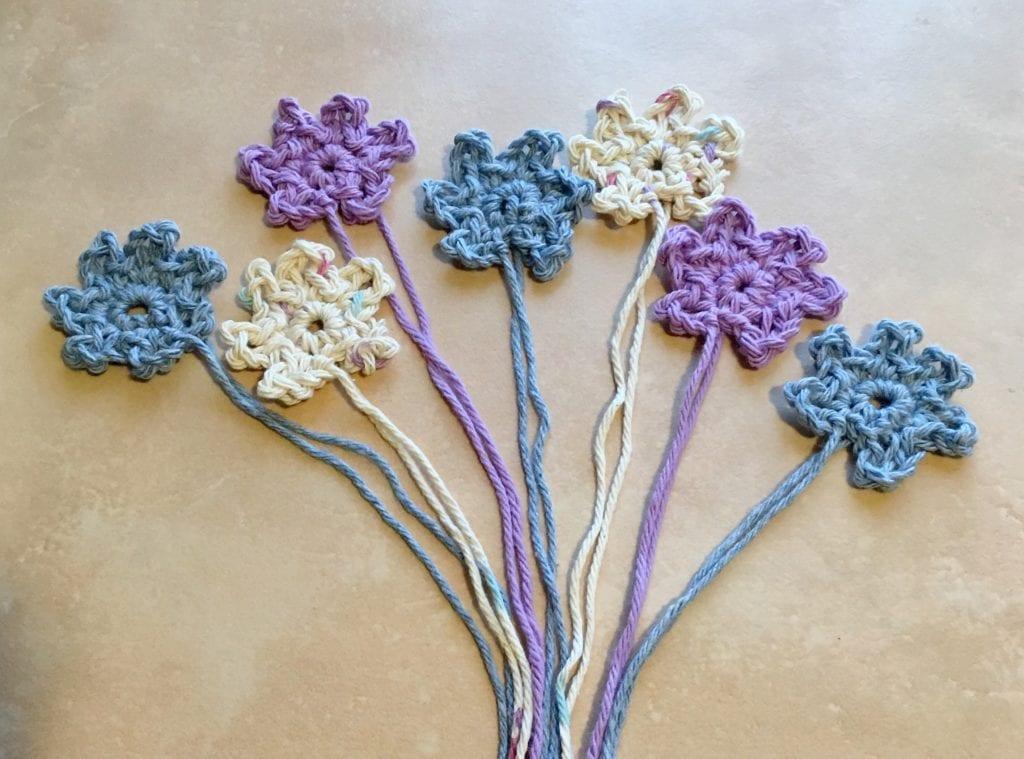 Crochet Cute Little Flowers