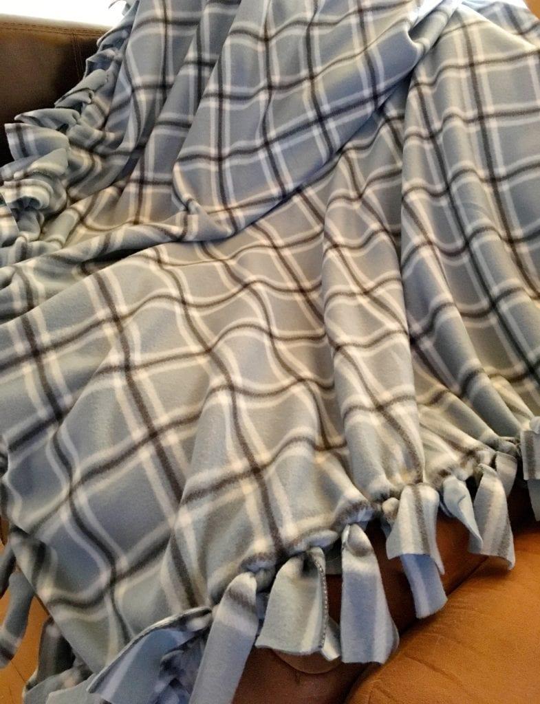 Tied Fleece Blanket Tutorial Pattern Princess
