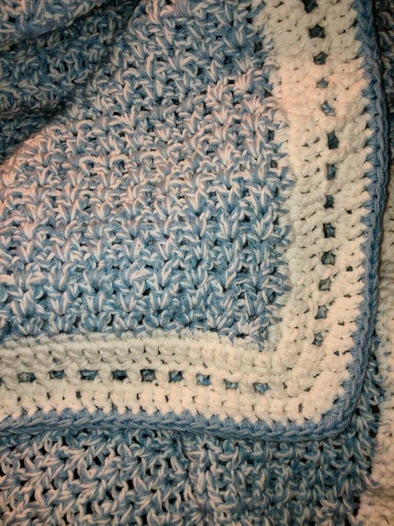 Close-up of Stitches Modern Double Crochet V-Stitch Chunky Blanket