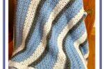 Classy Crochet Textured Blanket in Blue