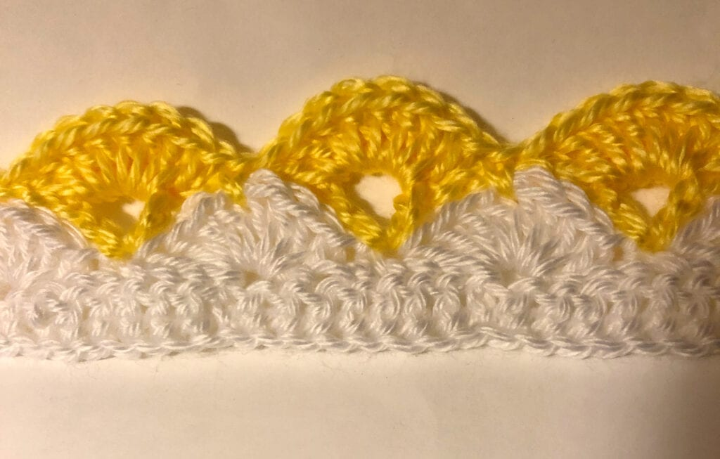 Beginning Few Rows of Lacy Shells Blanket