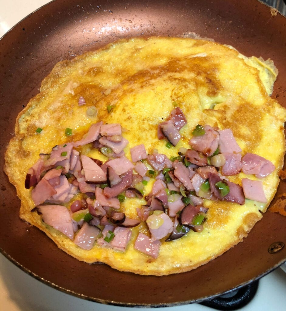 Adding Smoked ham and Green onions to 2 Egg Omelet