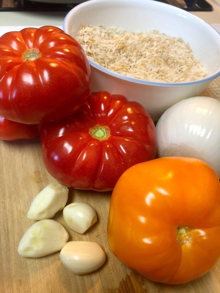 Heirloom Tomatoes White Onion and Garlic